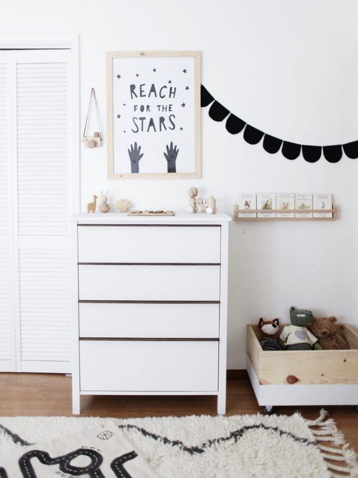 1000 images about black and white nursery on pinterest. Black Bedroom Furniture Sets. Home Design Ideas