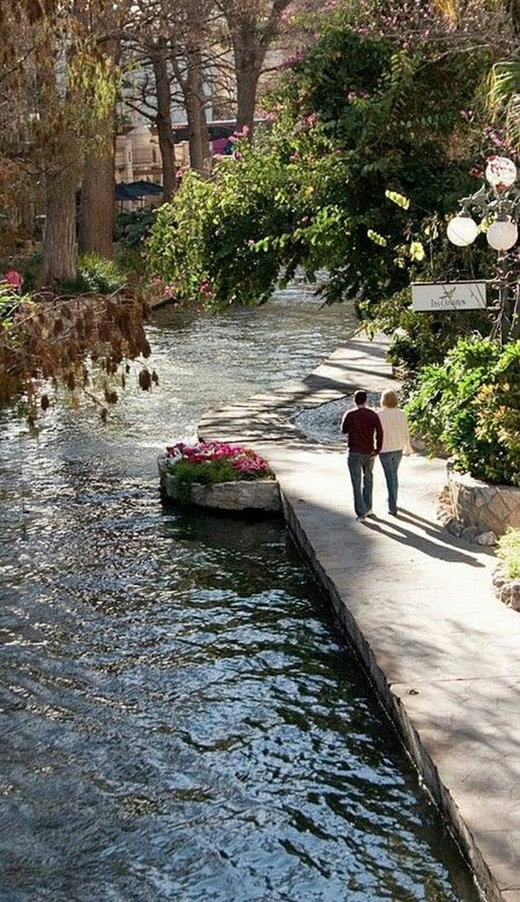 A Study Of Historic Development Of San Antonio's River Walk