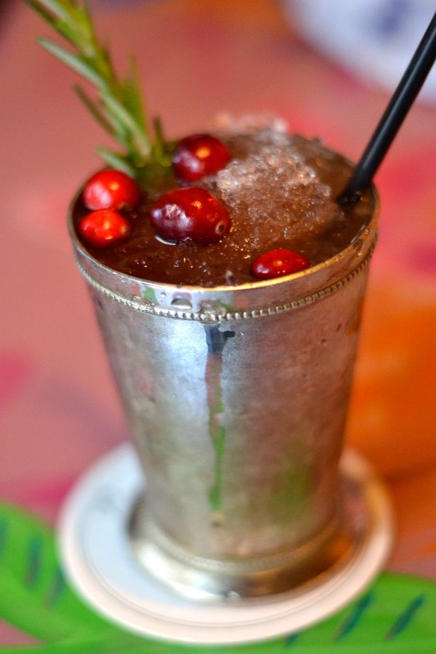 Holiday cocktails jingle julep for 7 and 7 drink recipe