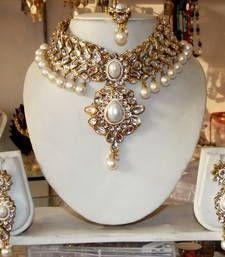 Buy WHITE KUNDAN PEARL DROP CHOKER NECKLACE EARRING TIKA WEDDING  SET necklace-set online