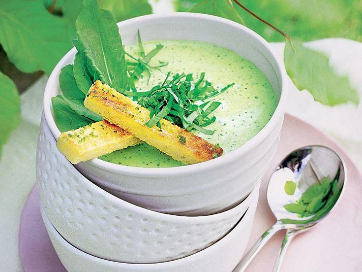 Sauerampfer-Suppe mit Limetten-Croutons