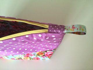 Blog sklepu House of Cotton: Jak uszyć wodoodporną kosmetyczkę / Cosmetic bag DIY