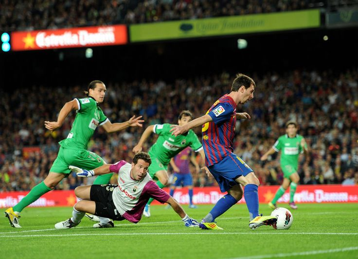 Lionel Messi Photos: FC Barcelona v Real Racing Club  - Liga BBVA