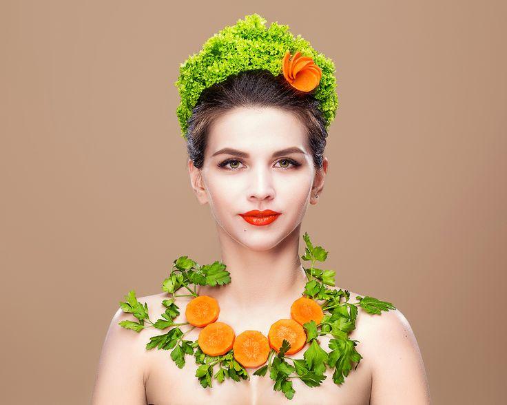 бьюти beauty creative makeup визаж макияж  офощи морковка салат петрушка какошник красные губы арт творчество