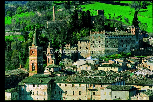 Caldarola , Turismo.Marche, via Flickr