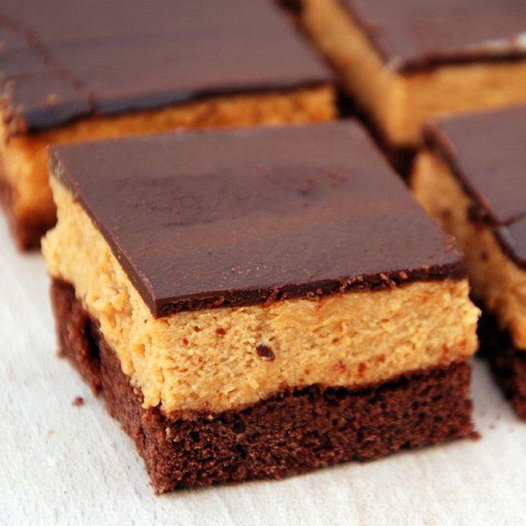 Karmelowa pianka na kakaowym biszkopcie znaleziona u Eweliny z Anyżkowa . Gorąco polecam!        Składniki (na formę 24x29 cm):     Bis...