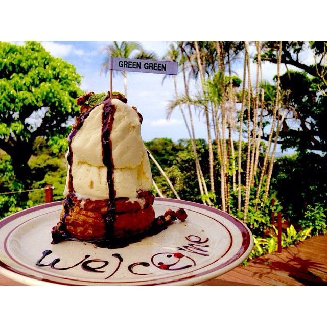 沖縄に旅行するなら、ただ海や雰囲気を満喫するだけではなく沖縄にしかない「隠れ家カフェ」へ行ってみませんか?今回はおしゃれな島人たちがこぞって通う、沖縄の「隠れ家カフェ」を厳選してご紹介。