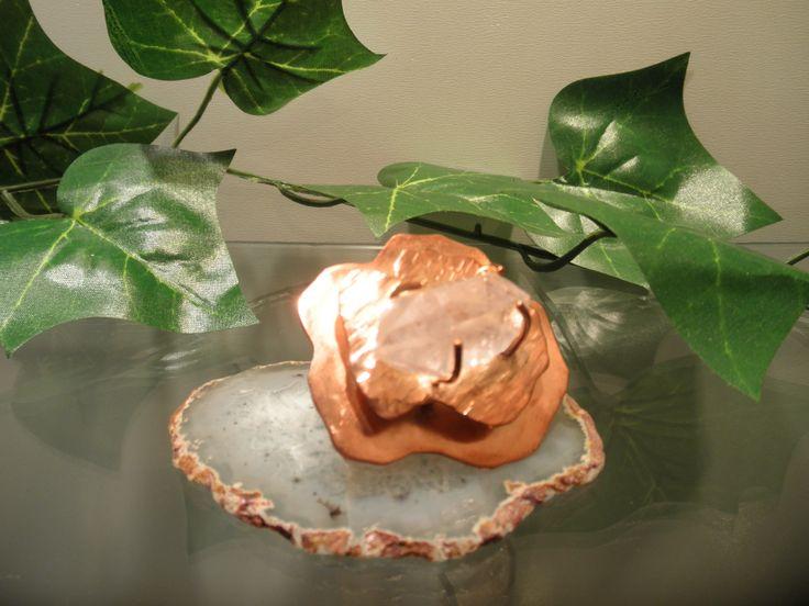 Anillo ajustable de cobre con engaste de cuarzo $45.000 (an07)(mm)