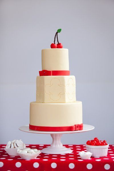Garden Shabby Chic Summer Red Multi-shape Wedding Cakes Photos & Pictures - WeddingWire.com