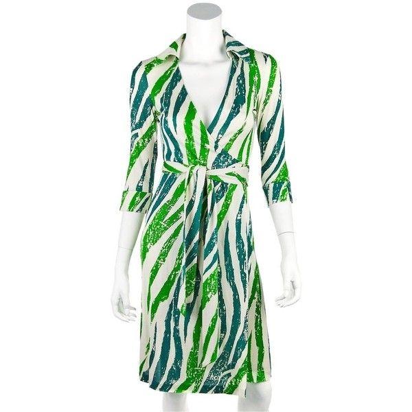 Pre-owned Diane Von Furstenberg Vintage Silk Wrap Green & Cream White... ($129) ❤ liked on Polyvore featuring dresses, white wrap dress, animal print cocktail dress, vintage dresses, vintage white dress and green dress