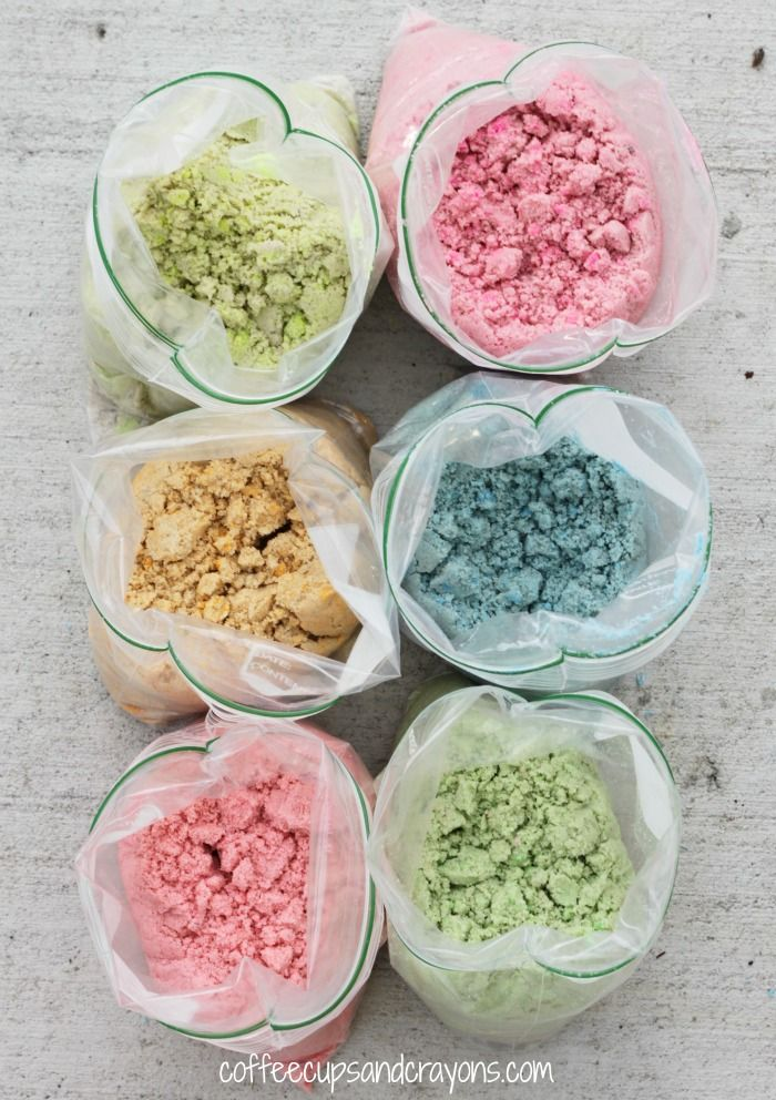 You can dye sand for sensory play and sand art! It's so easy!