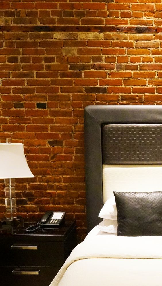 At the Retro Suites Hotel in Chatham Ontario every suite has its own theme and decor scheme. A funky little luxury boutique hotel in the heart of Downtown Chatham close to the many cafes and shops.