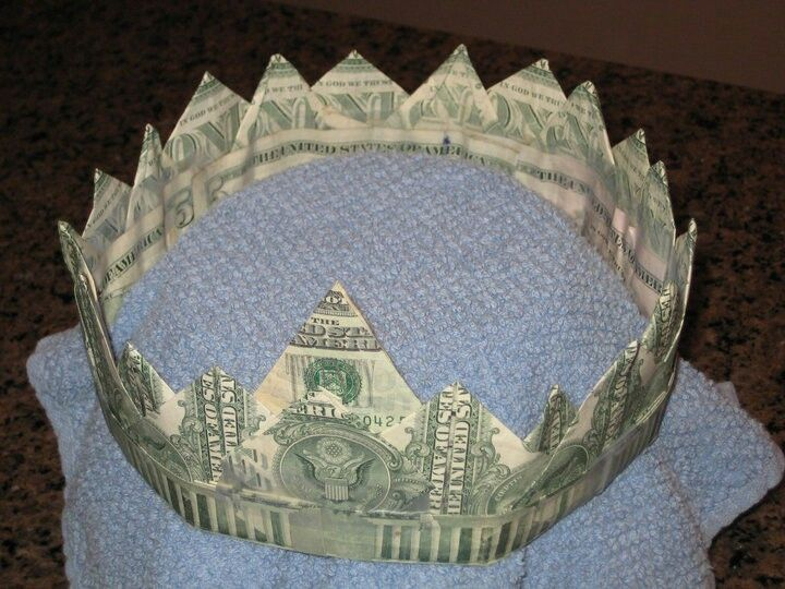Dollar origami money crown ones and fives