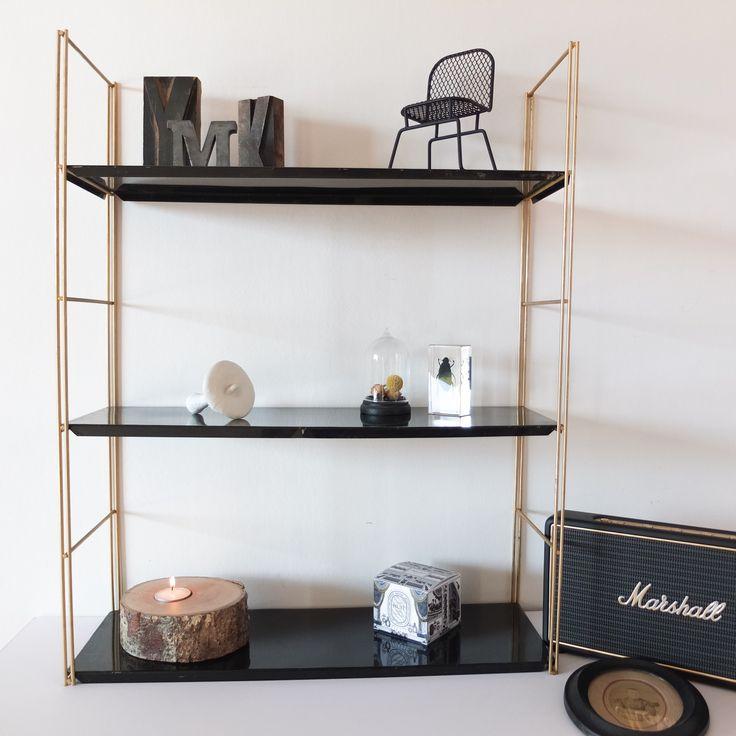 les 25 meilleures id es de la cat gorie tag res m talliques sur pinterest rayonnages. Black Bedroom Furniture Sets. Home Design Ideas