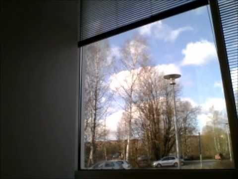 Mooc correspondencia audiovisual. Qué efecto tiene el sonido sobre la imagen y el ambiente? Es una ventana en Turku, Finlandia. Estas dentro o fuera?  programas utilisados: monkeyjam, moviemaker, sonidos: bigsoundbank.com