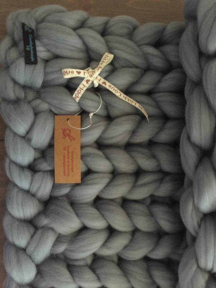 #chunkyknits #merinowool #wool  #blankets #chunky #lounge #loungedecor #bedroomdecor #bedroomdesign