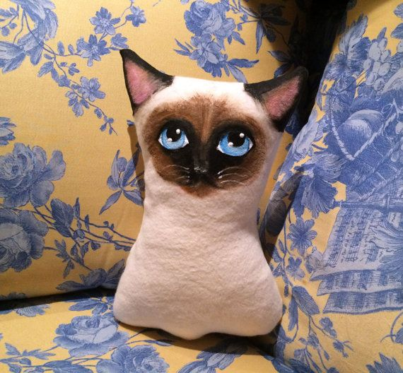 Siamese Cat  Siamese pillow  cat pillow  little di VariArtIry
