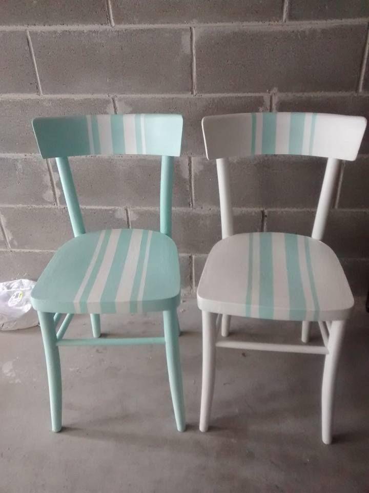 …non vuol dire non poter stare in armonia. Ecco qua l'ultima creazione, vecchie sedie recuperate nella casa di una anziana zia che risalgono a quasi 100 anni fa. Erano le sedie, della c…