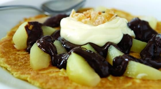 Chocolate, Pear and Ginger Dessert Omelette - Yum!