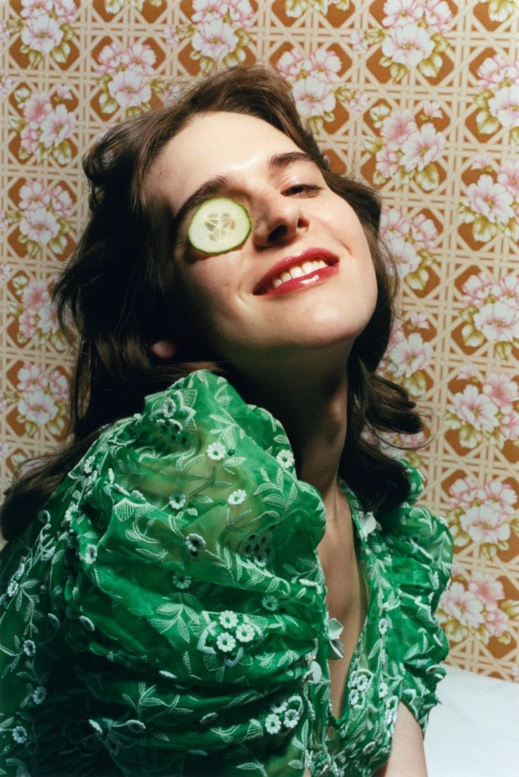 hari nef: meet the brains behind the beauty | read | i-D