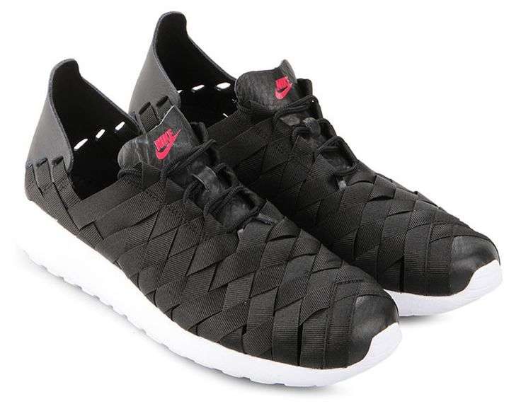 Rosherun Woven by Nike.    http://zocko.it/LC9ZG