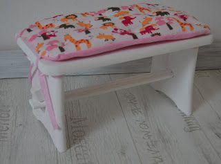 babamaluje.blogspot.com: Taborecik dla Laury :)pokryty farbą akrylową bezpi...