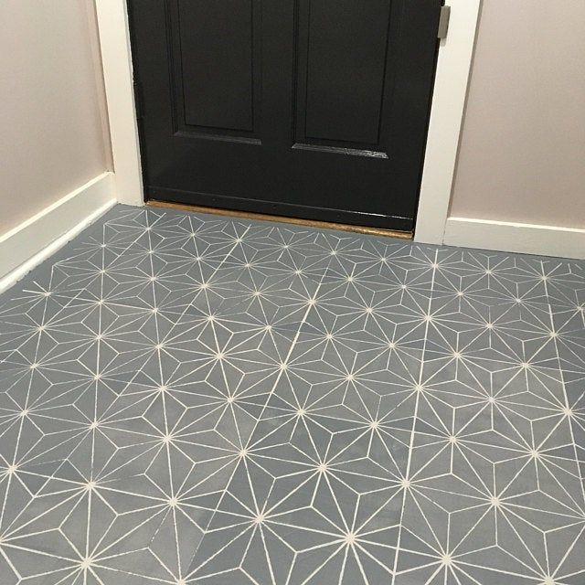 Manali Mandala Stencil Plantilla De Pared Reutilizable Boho Etsy In 2020 Tile Stencil Geometric Tiles Stencils Wall
