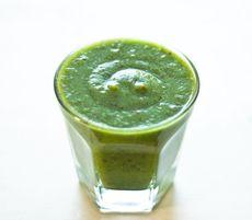 「チンゲン菜のグリーンスムージー!」レシピ|みんなの朝ごはん・朝食レシピ:朝時間.jp