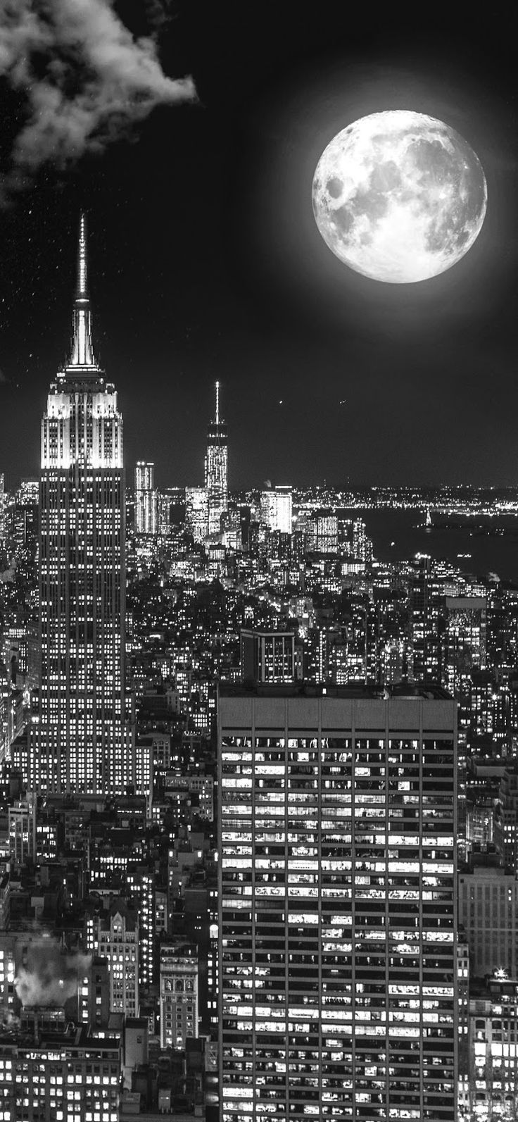 Wallpaper Aesthetic Black And White City Background