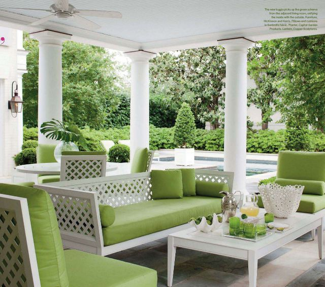 Beautiful outdoor seating with the green cushions to blend in with the beautiful greenery in the gardens