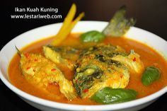 """Maluku Islands which are rich with fish and exotic spices, indeed well-known for their's distinctive fish-based cuisines. A famous dish among them is """"IKAN KUAH KUNING or Yellow Fish Soup"""". The name already suggest it's character which's dominated by the yellow tends to orange colour, which derived from the ground turmeric. A good combination between fish blends with spices, herbs, basil leaves and a simple touch of lime juice at the end..hmm what a simply delicious and refreshing taste!!"""