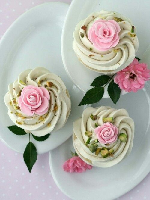 Rose cupcakes with pistachios