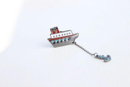 ネコ&サカナ 船&錨 のブローチです。