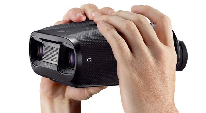 Sony DEV-50V/B Or How To Record What You See With Binoculars - http://coolpile.com/gadgets-magazine/sony-dev-50vb-record-see-binoculars via #Sony  #VideoRecorder