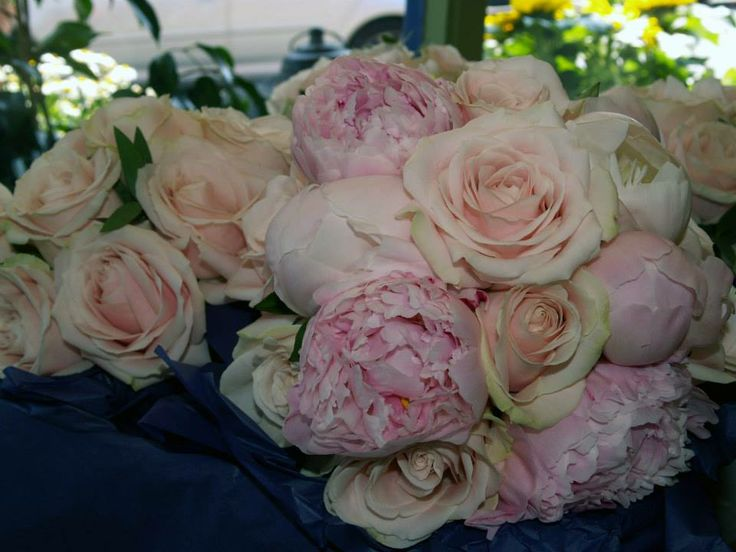 Wedding Bouquet Peonies with Pink Roses