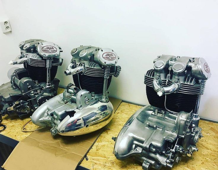 3 Monstrous Babies! ❤️ Photo courtesy of @bubbalukas Follow  @jawamotorcycles for More JAWA CZ & Yezdi Photos More photos on - http://ift.tt/1MOOLiU | #Jawa | #JawaMotorcycles.com | #MadeInCzechoslovakia| #2Stroke | #Chrome | #Biker | #
