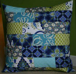 Your quilting can be a major part of your home decor with something as simple as a pillow pattern. This is why we've updated our collection of tutorials for making quilted pillows with all sorts of applique patterns and patchwork projects that won't break the bank, but will give your decor a new look.