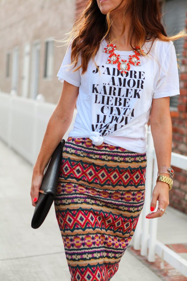Merrick's Art // Style + Sewing for the Everyday Girl: TWO WAYS TO WEAR A GRAPHIC TEE