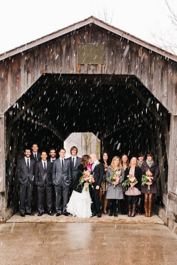 13 Couples That Had The Best Rainy Wedding Day Photos and How To Get Your Own!
