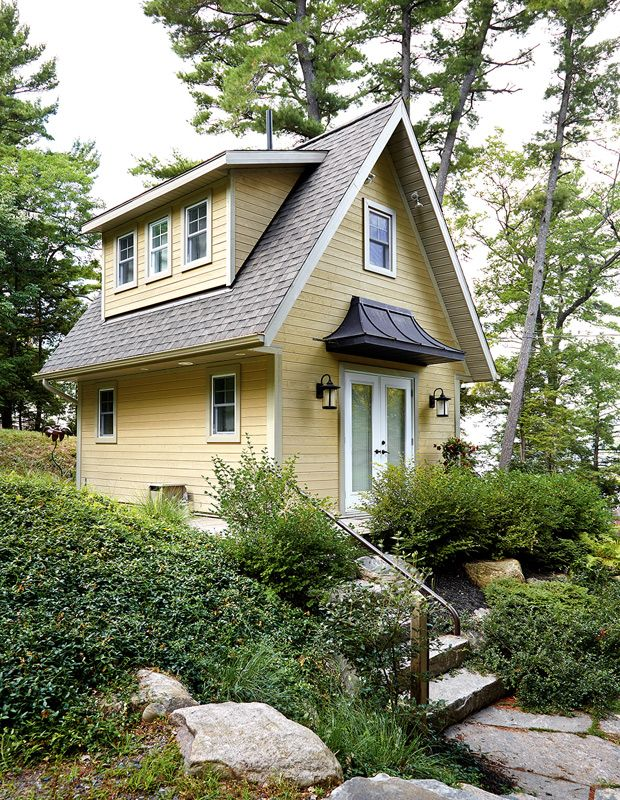 Explore 80 Of The Best Canadian Cottage Rooms From House Home In 2020 House And Home Magazine Tiny Cottage Canadian House