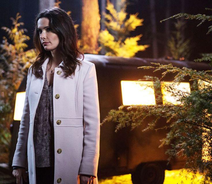 Watch Grimm season 4 episode 21 live online: Trubel and Kelly return; will Nick kill Juliette in the finale?