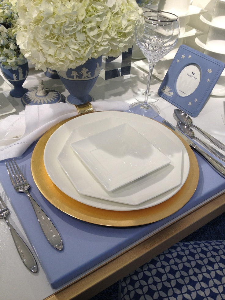 The modern, architectural Wedgwood Ashlar tabletop.