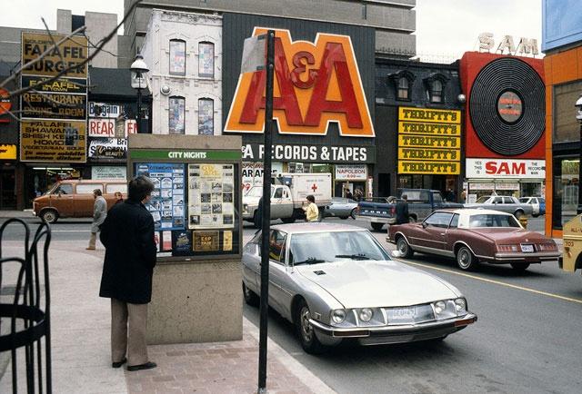 80's Yonge St.