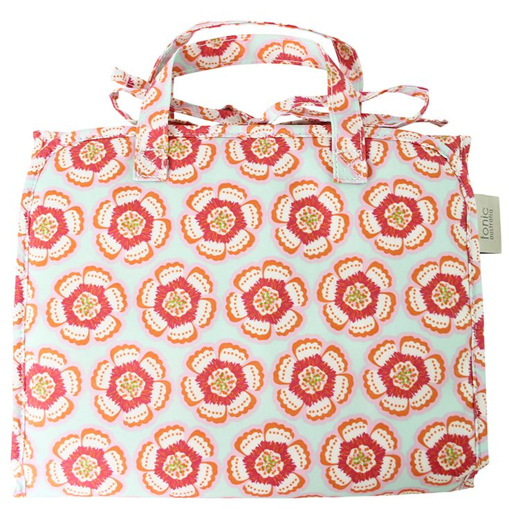 Flora Pink Hanging Cosmetic Bag - Travel essential