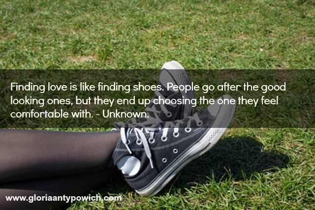 Love my comfy shoes smile emoticon ‪#‎romance‬ ‪#‎lovestories‬ ‪#‎author‬ www.gloriaantypowich.com