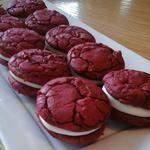 Red Velvet Sandwich Cookies  | Duncan Hines®