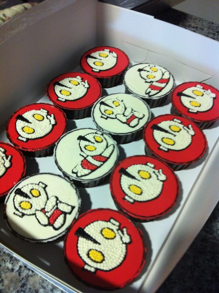 Bloggang.com : bake@home : ::::: cute cupcake ::::: Ultraman