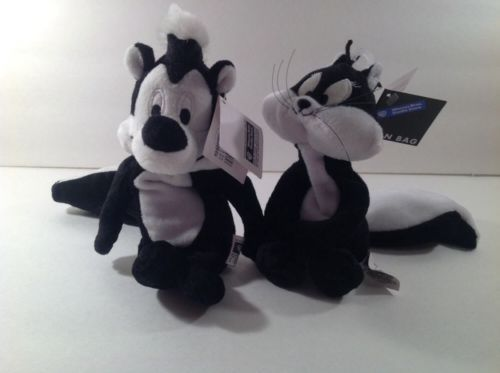 Warner Brothers Pepe Le Pew and Penelope plush bean bags NWT