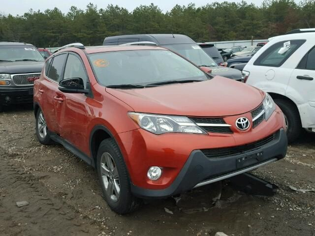 This 2015 Toyota Rav 4 XLE AWD sustained collision damage to the left rearThe damages are as seen in the photos.