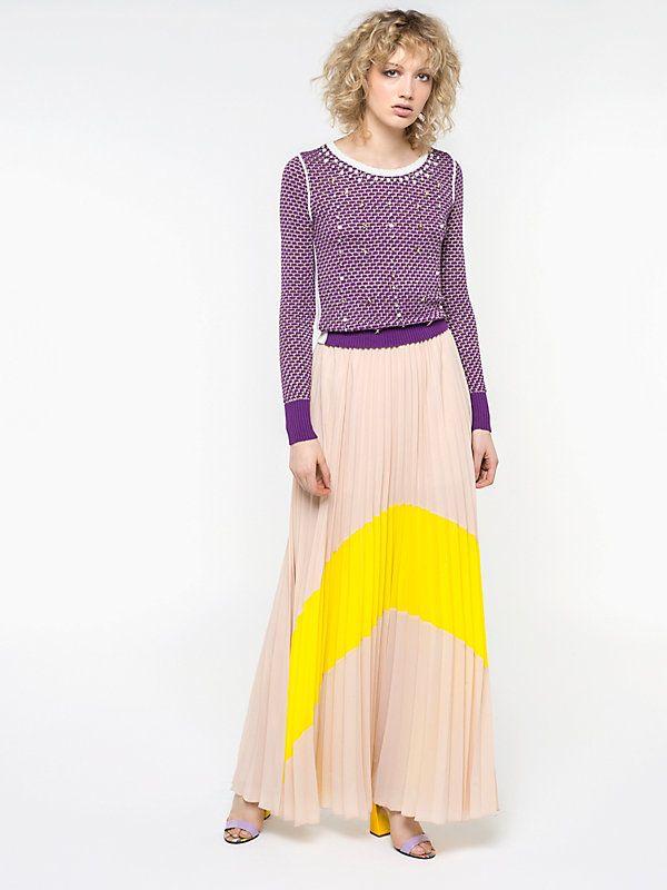 Long pleated skirt I257 3